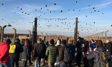Promemoria Auschwitz dei ragazzi di Gavoi