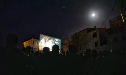 """CINETUMBARINU ESTATE """"DAL 6 AGOSTO AL 4 SETTEMBRE NEL CENTRO STORICO DI GAVOI"""""""